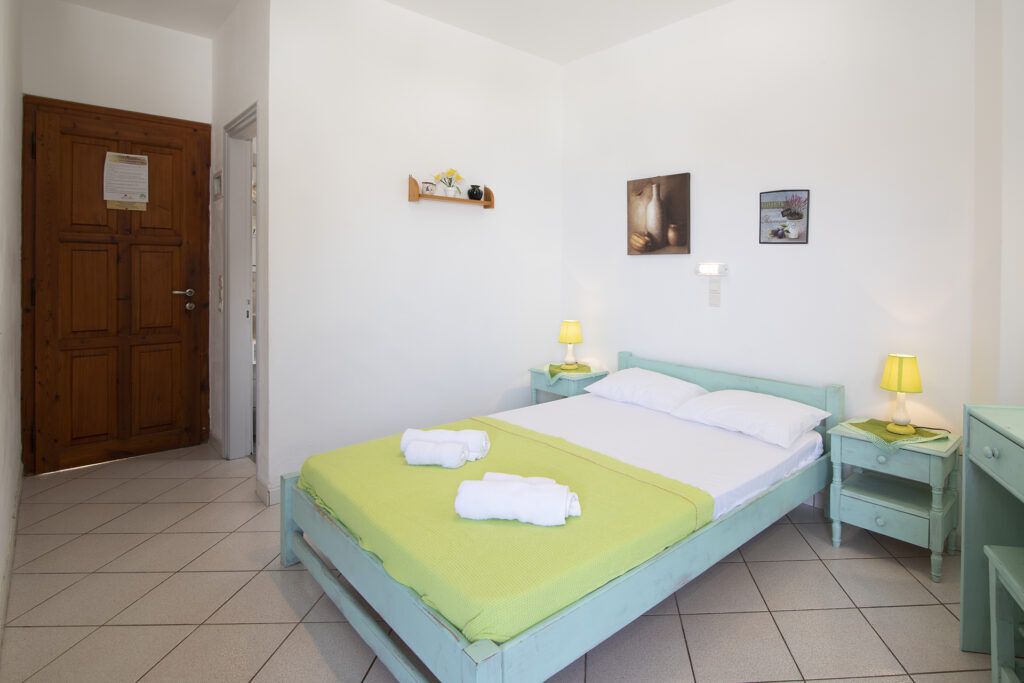 froudi_rooms_sifnos_cyclades
